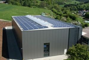 Breidenbach-Wolzhausen, Fertigungshalle (56 kWp)